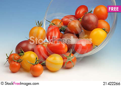 Free Cherry Tomatoes Royalty Free Stock Image - 21422266