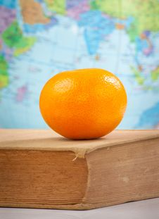 Free Orange On Book Royalty Free Stock Image - 21422106