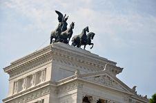 Free Victor Emanuel Statue Stock Image - 21424471