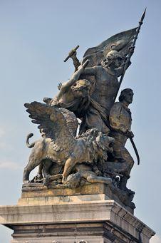 Free Equestrian Statue Royalty Free Stock Image - 21425166