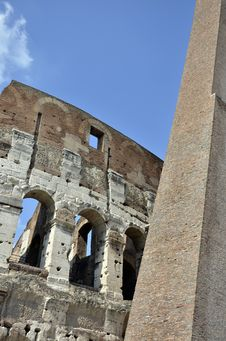 Free Colosseum Walls Royalty Free Stock Photos - 21426608
