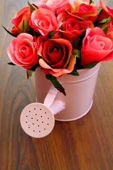 Free Bouquet Roses In Watering Can Royalty Free Stock Photography - 21437907