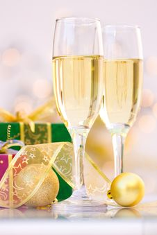 Free Champagne Glasses With Gifts Stock Photo - 21438490