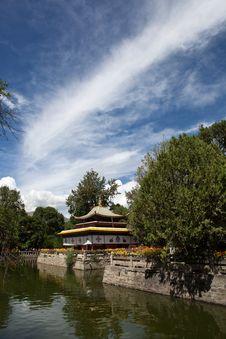 Free Tibetan Style Pavilion Stock Images - 21439064