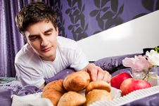 Free Male Having Breakfast In Bed Stock Images - 21439154