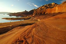Free Red Sandstone Formations Lake Powell Royalty Free Stock Image - 21443876