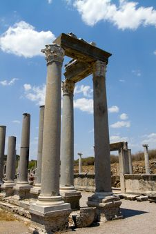 Free Ancient Roman Site In Perge, Turkey Royalty Free Stock Image - 21444206