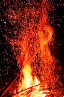 Free Sparkling Campfire Stock Photos - 21456293