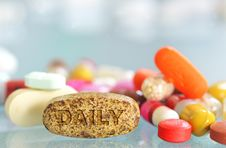 Free Daily Pills Royalty Free Stock Photo - 21463765