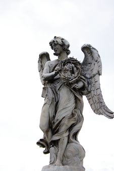 Free Statue Of An Angel Royalty Free Stock Photo - 21467715