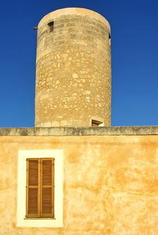 Free Old Stone Windmill In Majorca Royalty Free Stock Photos - 21469338