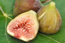 Free Half Of Figs And Fig Whole Stock Photos - 21475053