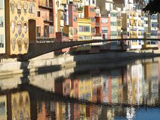 Free City Reflections Royalty Free Stock Photography - 21478757