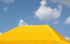 Free Yellow Roof Stock Photography - 2154962