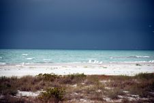 Free Storm Over The Ocean Royalty Free Stock Photography - 2155877