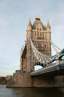 Free Tower Bridge Royalty Free Stock Photo - 2156225