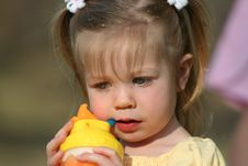 Free Little Girl Drinking Royalty Free Stock Photos - 2158798
