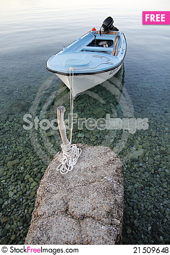 Free Small Boat Royalty Free Stock Photos - 21509648