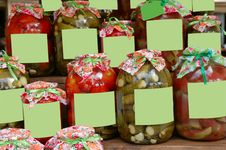 Free Canned Vegetables Harvested In Banks Stock Photography - 21509172