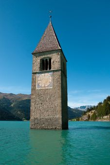 Free Resia Lake (Italy) - The Submerged Bell Tower Stock Photo - 21512100