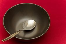 Free Black Bowl On Red Cloth Royalty Free Stock Photo - 21516805