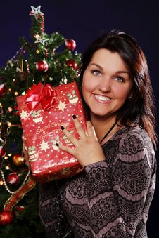 Free Happy Woman With Christmas Gift Royalty Free Stock Photo - 21521595