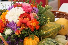 Free Flowers And Pumpkins Stock Photography - 21523882