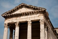 Free Old Roman Temple In Croatia Royalty Free Stock Image - 21568036