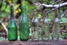 Free Bottles Royalty Free Stock Images - 21603519