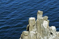 Free Rocky Coastline Royalty Free Stock Photography - 21623147