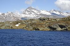 Free Mountain Lake, Swiss Alps Stock Photos - 21627383