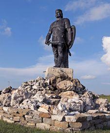 Free Monument Tzar Kaloyan Royalty Free Stock Photos - 21630618