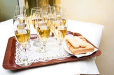 Free Champagne Flutes Royalty Free Stock Photos - 21634168