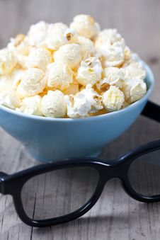 Free Popcorn And 3D Glasses Stock Photography - 21636642