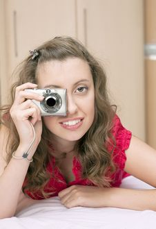 Free Young Pretty Girl With Digital Camera Royalty Free Stock Photos - 21649788