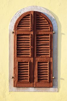 Free Wooden Windows Royalty Free Stock Image - 21656196