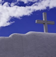 Free White Cross With Blue Sky Royalty Free Stock Image - 21659236