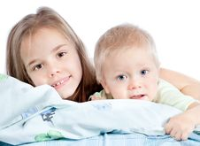 Free Adorable Sister And Brother Royalty Free Stock Photo - 21674985