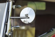 Free Classic Car Side Mirror Royalty Free Stock Images - 21676639