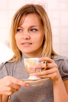 Free Woman Drinking Coffe Stock Images - 21681304