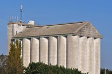 Free Agricultural Silo Royalty Free Stock Photo - 21687305