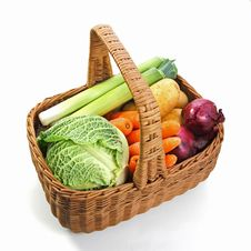 Free Fresh Vegetables In A Basket Royalty Free Stock Photos - 21696098