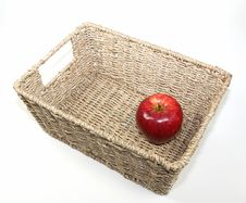 Free Apple In A Basket Royalty Free Stock Photo - 21696135