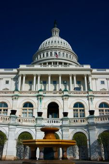 Free U.S. Capitol On A Sunny Spring Stock Photography - 2172022