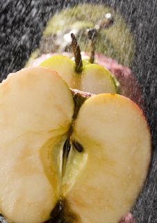 Free Apples In The Rain Stock Photography - 2174382