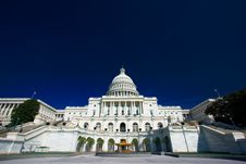 Free U.S. Capitol On A Sunny Day Stock Images - 2177934