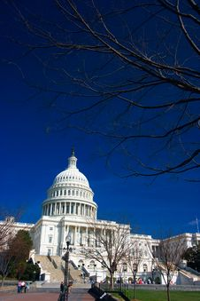 Free U.S. Capitol On A Sunny Day Stock Image - 2177991