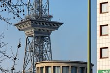 Free Berlin Tourist Tower Royalty Free Stock Images - 2178999