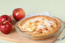 Free Apple Pie And Apples Royalty Free Stock Photography - 21706827