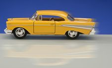 Free Classic Yellow Car Model Stock Photos - 21714103